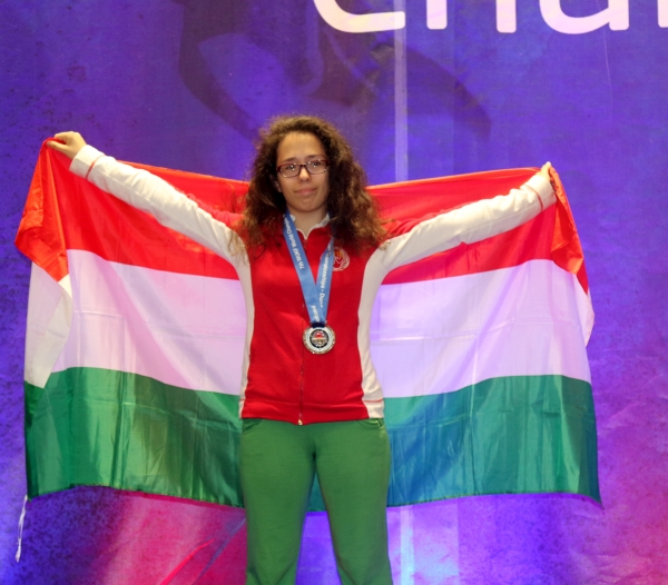 Dudás Éva - WUKF Karate Világbajnoki ezüstérmes