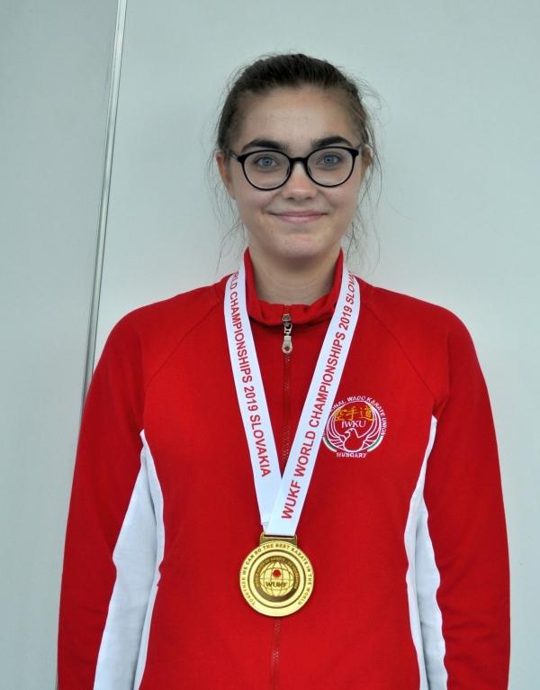 Szántai Luca - WUKF Karate Világbajnok