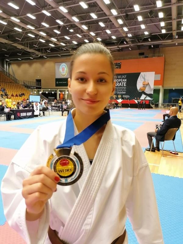 Isic Edina - WUKF Karate Európa-bajnok
